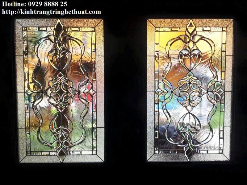 Kính ghép hoa vàng cửa sổ